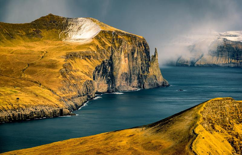 Dramatic landscapes, Gothic ruins and Viking roots on these gloriously isolated isles - Viktor Posnov