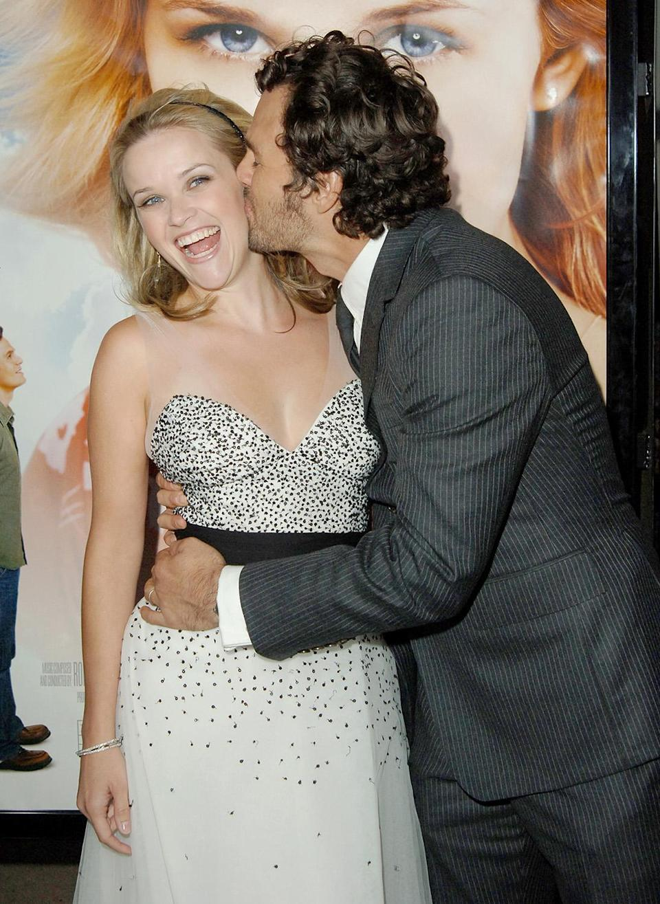<p>Back to her romantic comedy roots, Reese shared a sweet moment with co-star Mark Ruffalo at the Los Angeles premiere.<br> (Photo: Getty Images) </p>