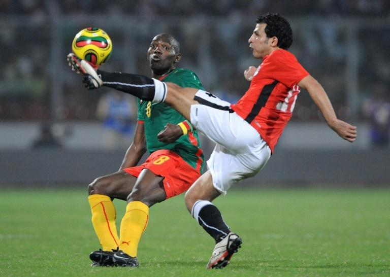 Geremi Njitap (L) of Cameroon and Abdel Wahed Moawad of Egypt during a 2008 Africa Cup of Nations match in Ghana.