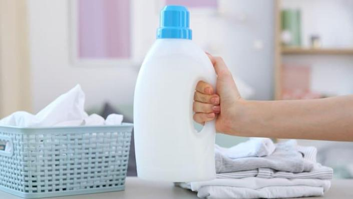 Juggling large jugs of detergent and a load of laundry is heavy lifting.