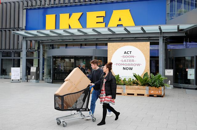 """Ikea Canada announced this year that it plans on <a href=""""https://ca.finance.yahoo.com/news/ikea-plans-open-small-stores-110406517.html"""" data-ylk=""""slk:opening its first smaller, downtown store format in Toronto;outcm:mb_qualified_link;_E:mb_qualified_link;ct:story;"""" class=""""link rapid-noclick-resp yahoo-link"""">opening its first smaller, downtown store format in Toronto</a> within the next two years as customer preferences evolve. The company also unveiled it would host an all-you-can-eat buffet over the holidays – maybe <em>Yahoo Finance Canada</em> readers really love their Swedish meatballs? (Reuters/Wolfgang Rattay)"""