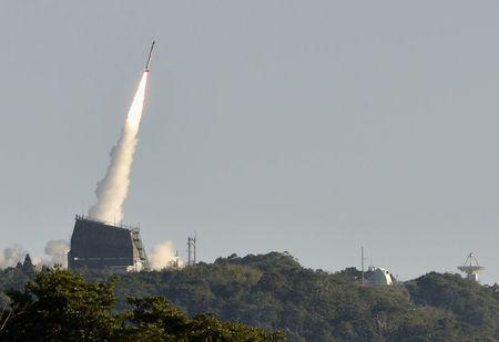 Flight of the new Japanese small solid fueled rocket without success