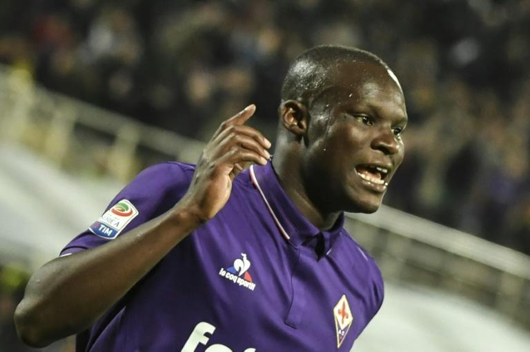 Fiorentina's forward Khouma Babacar celebrates after scoring during the Italian Serie A football match against Inter Milan, on April 22, 2017