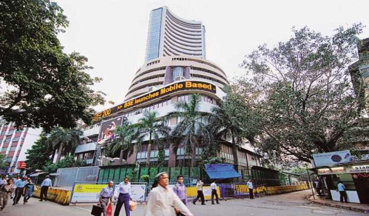 Sensex Jumps Over 100 Points; Bank Stocks Rise