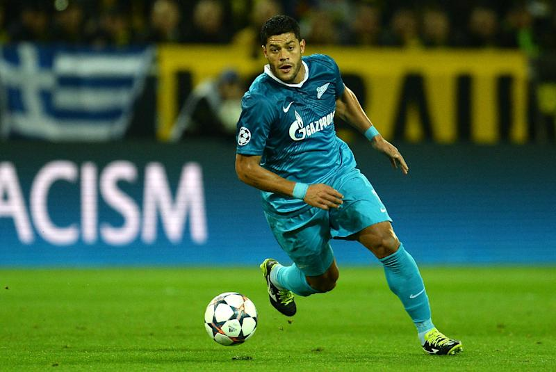 Zenit's Brazilian forward Hulk plays the ball during the last 16 second-leg UEFA Champions League football match Borussia Dortmund vs Zenit St Petersburg in Dortmund on March 19, 2014 (AFP Photo/Patrik Stollarz)