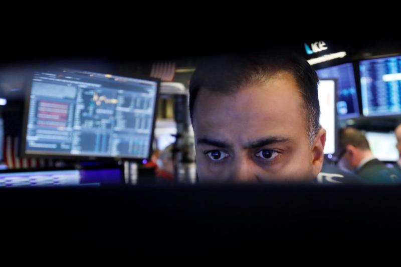 Smaller stocks gain on bigger players as 2019 closes