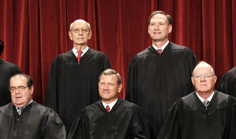 4 GOP-appointed justices control health law's fate