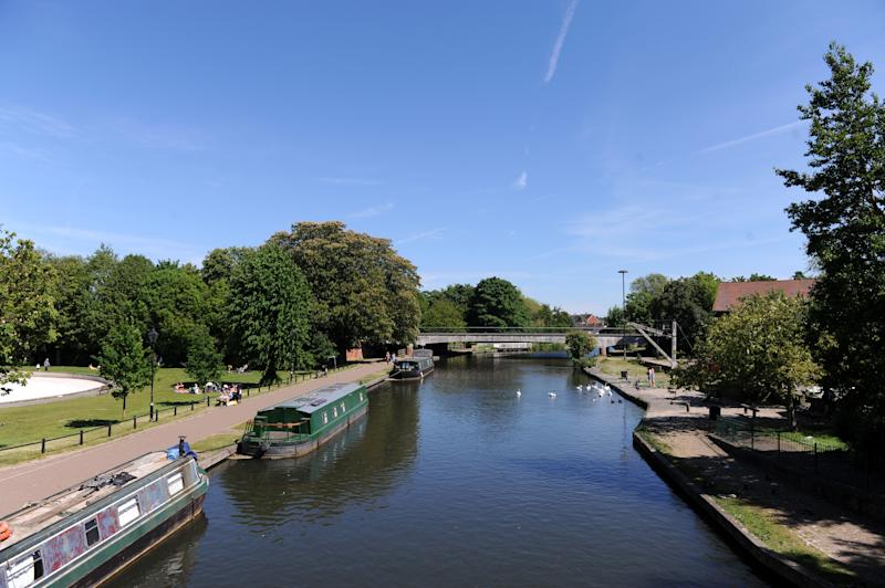 NEWBURY, ENGLAND - MAY 20: A general view of the River Kennet seen from a bridge next to Victoria Park on May 20, 2020 in Newbury, England. The British government has started easing the lockdown it imposed two months ago to curb the spread of Covid-19, abandoning its 'stay at home' slogan in favour of a message to 'be alert', but UK countries have varied in their approaches to relaxing quarantine measures. (Photo by Alex Burstow/Getty Images)