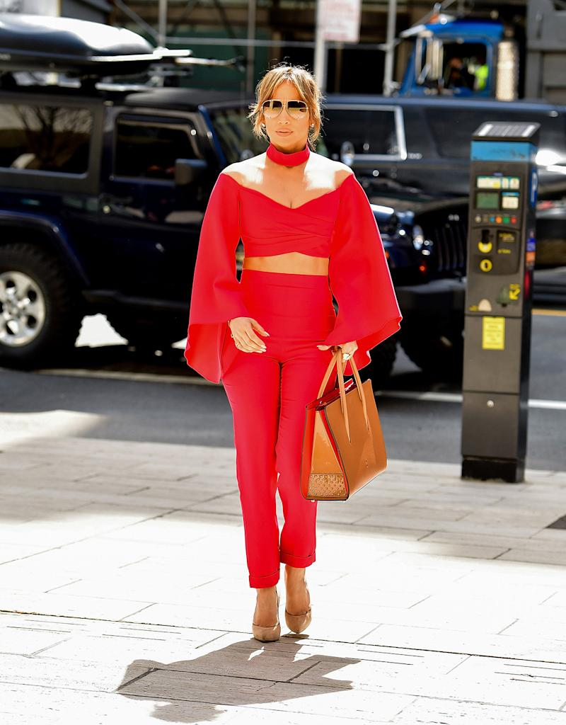Jennifer Lopez Is Red Hot In 2 838 Crop Top On A Date With Alex Rodriguez