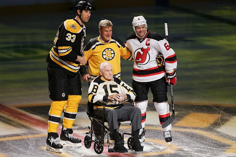 Zdeno Chara (L) of the Boston Bruins and Andy Greene (R) of 7b3fed061