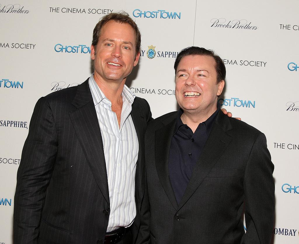 "<a href=""http://movies.yahoo.com/movie/contributor/1800019194"">Greg Kinnear</a> and <a href=""http://movies.yahoo.com/movie/contributor/1808438269"">Ricky Gervais</a> at the New York City premiere of <a href=""http://movies.yahoo.com/movie/1809969246/info"">Ghost Town</a> - 09/15/2008"