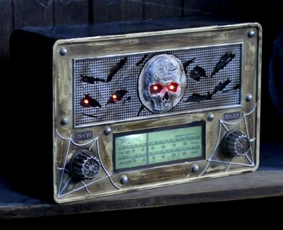 Haunted Radio (Image via Party City)