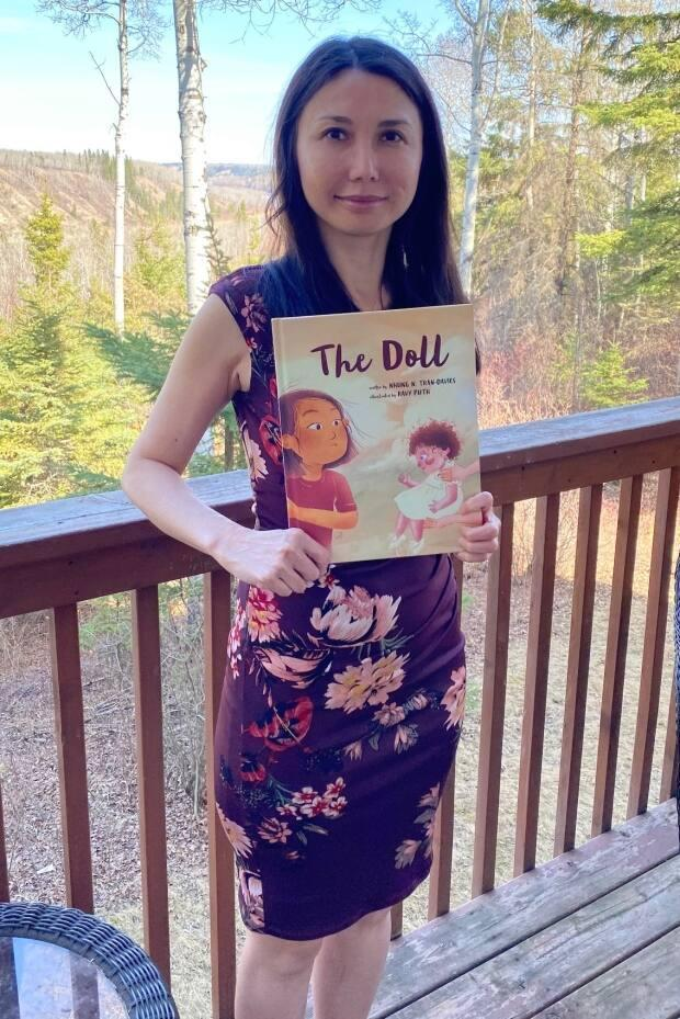 Tran-Davies wrote The Doll with an aim of fostering empathy for refugees.