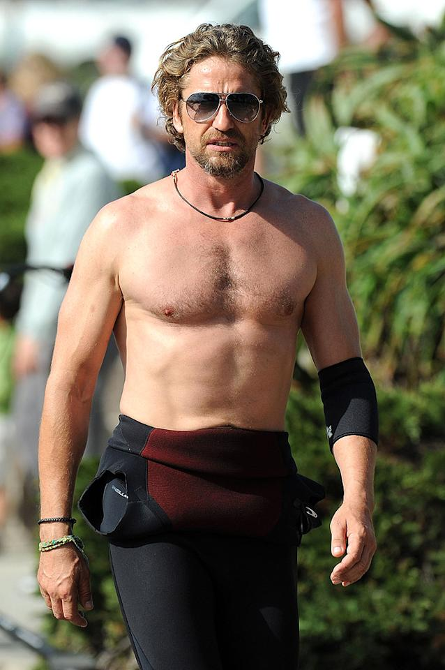 "When you're a ladies' man like Gerard Butler, 42, who's been seen in the company of such beauties as Jennifer Aniston, Jessica Biel, Rosario Dawson, and Lindsay Lohan, you need to stay in shape! We're sure the Scotland native's accent probably doesn't hurt either.<br><div style=""display:none;"" class=""skype_pnh_menu_container""><div class=""skype_pnh_menu_click2call""><a class=""skype_pnh_menu_click2call_action"">Call</a></div><div class=""skype_pnh_menu_click2sms""><a class=""skype_pnh_menu_click2sms_action"">Send SMS</a></div><div class=""skype_pnh_menu_add2skype""><a class=""skype_pnh_menu_add2skype_text"">Add to Skype</a></div><div class=""skype_pnh_menu_toll_info""><span class=""skype_pnh_menu_toll_callcredit"">You'll need Skype Credit</span><span class=""skype_pnh_menu_toll_free"">Free via Skype</span></div></div>"