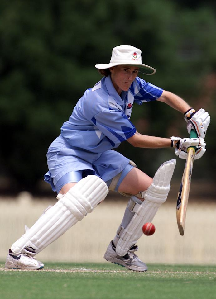27 Jan 2001:  Belinda Clark of NSWIS Blues in action during game two of the Women's National Cricket League Final Series 2000-2001 between NSWIS Blues and Queensland Fire played at Bankstown Memorial Oval, Sydney, Australia. DIGITAL IMAGE. Mandatory Credit: Scott Barbour/ALLSPORT