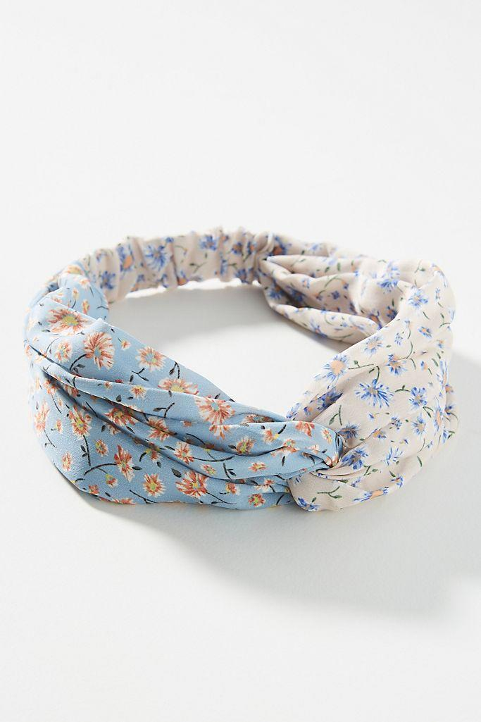 """<h3>Anthropologie Faye Twist Headband</h3><br>""""Libras are notoriously obsessed with their hair,"""" Stardust says. """"After all, hair is repped by Venus, their planetary ruler. A cute headband will surely spark joy.""""<br><br><strong>Anthropologie</strong> Faye Twist Headband, $, available at <a href=""""https://go.skimresources.com/?id=30283X879131&url=https%3A%2F%2Fwww.anthropologie.com%2Fshop%2Ffaye-twist-headband"""" rel=""""nofollow noopener"""" target=""""_blank"""" data-ylk=""""slk:Anthropologie"""" class=""""link rapid-noclick-resp"""">Anthropologie</a>"""