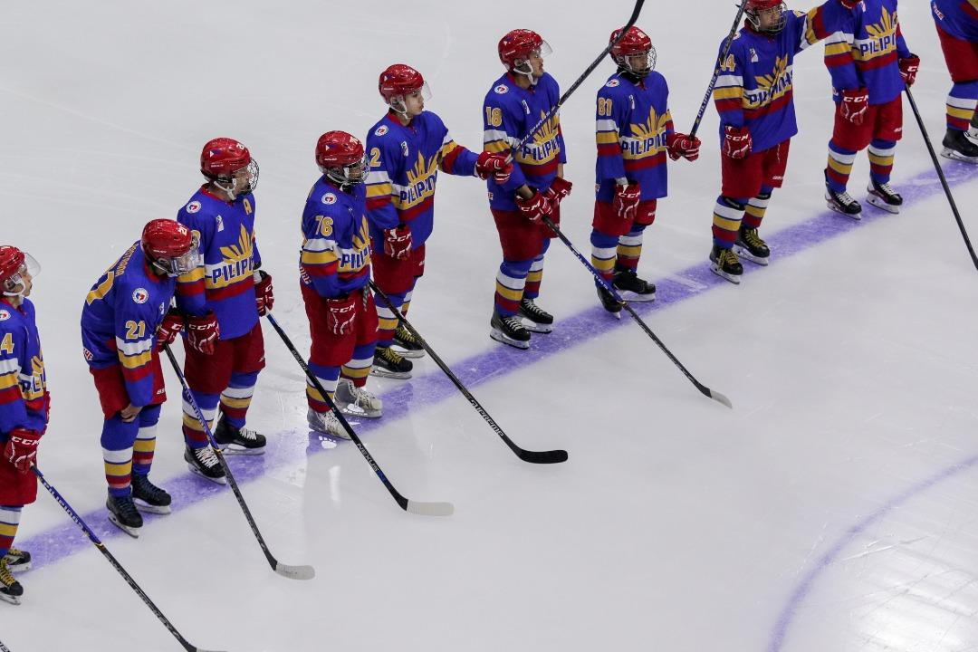 <p>See the highlights from Singapore's ice hockey clash with the Philippines on Tuesday (22 August) at Kuala Lumpur's Empire City Mall. Singapore lost the match 2-7. (PHOTO: Fadza Ishak / Yahoo News Singapore) </p>