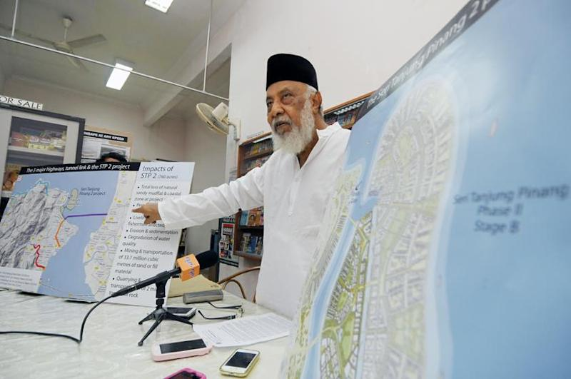 Mohamed Idris said the authorities should ensure any development plans that involve land do not come in conflict with the National Physical Plan. — Picture by K.E. Ooi