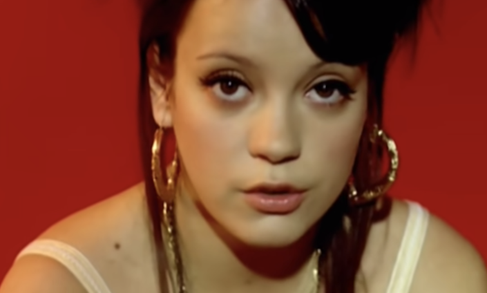 """Lily Allen in her """"Smile"""" music video"""