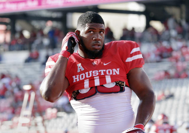 Houston's Ed Oliver has already said he'll be going to the NFL at the conclusion of this college football season. (AP)