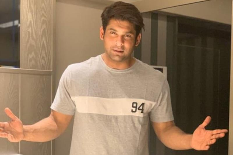 Sidharth Shukla 'Exempted' from Cooking at Home, Says Fortunately Mom Didn't Like it Much