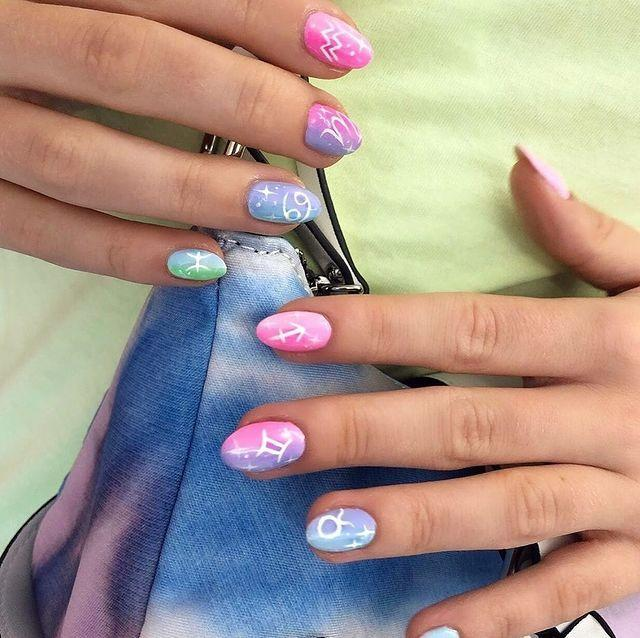 """<p>Really just giving us all the signs to get ombre nails...</p><p><a href=""""https://www.instagram.com/p/CHc_1ivrFLU/"""" rel=""""nofollow noopener"""" target=""""_blank"""" data-ylk=""""slk:See the original post on Instagram"""" class=""""link rapid-noclick-resp"""">See the original post on Instagram</a></p>"""
