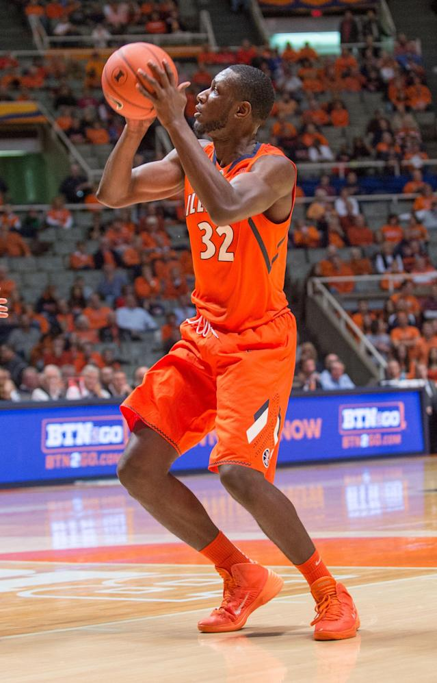 Illinois' Nnanna Egwu (32) puts a shot during the first half of an NCAA college basketball game against Chicago State, Friday, Nov. 22, 2013, in Champaign, Ill. (AP Photo/Darrell Hoemann)