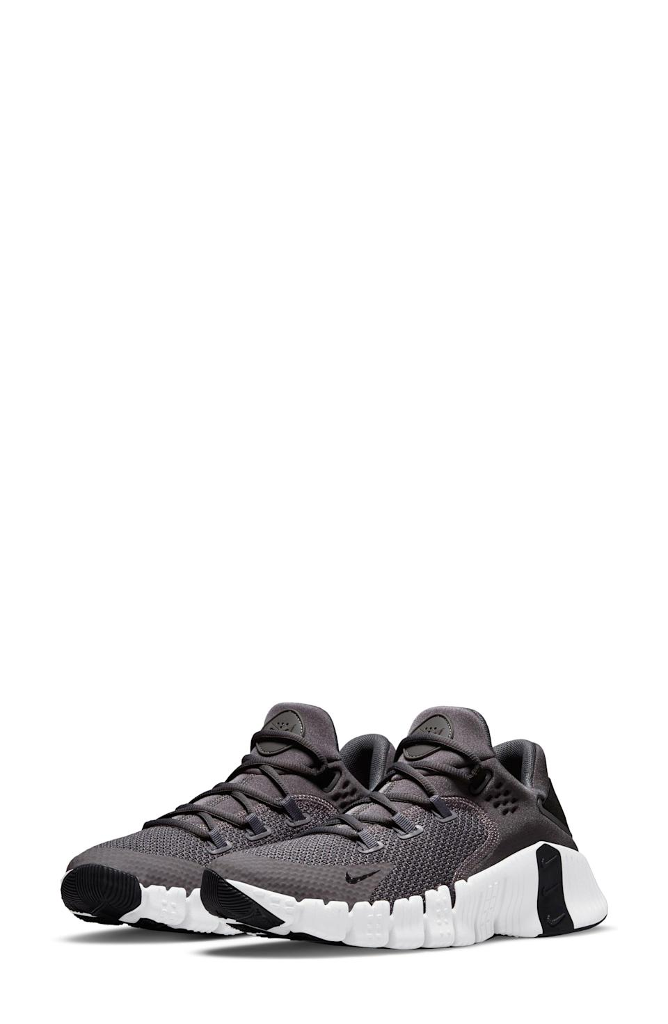 """<p><strong>NIKE</strong></p><p>nordstrom.com</p><p><a href=""""https://go.redirectingat.com?id=74968X1596630&url=https%3A%2F%2Fwww.nordstrom.com%2Fs%2Fnike-free-metcon-4-training-shoe-men%2F5741658&sref=https%3A%2F%2Fwww.menshealth.com%2Fstyle%2Fg37081969%2Fnordstroms-anniversary-sale-best-sneakers%2F"""" rel=""""nofollow noopener"""" target=""""_blank"""" data-ylk=""""slk:BUY IT HERE"""" class=""""link rapid-noclick-resp"""">BUY IT HERE</a></p><p><del>$120<strong><br></strong></del><strong>$89.90</strong></p><p>If you want your feet to feel super-secure as you move through your workout, the internal webbing and biomechanic design will give you the support you need.</p>"""