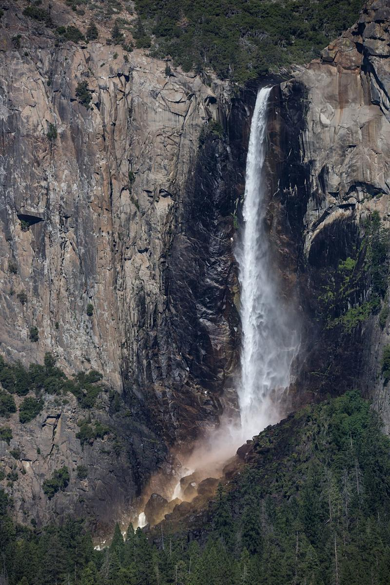 Tourist, 21, Dies After Slipping and Falling at Yosemite National Park Waterfall