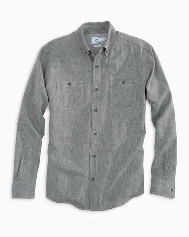 "<div class=""caption""> Southern Tide Men's Ocearch Performance Dock Shirt Polar Grey </div> <cite class=""credit"">Steve Exum</cite>"