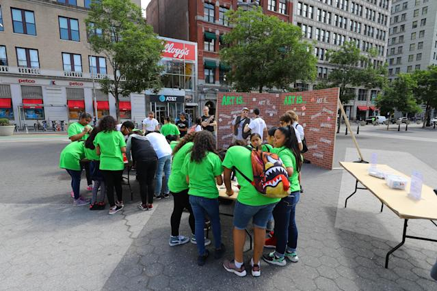 <p>Students create art for the LEAP Public Art Program'€™s citywide exhibition in Union Square Park in New York City on June 5, 2018. (Photo: Gordon Donovan/Yahoo News) </p>