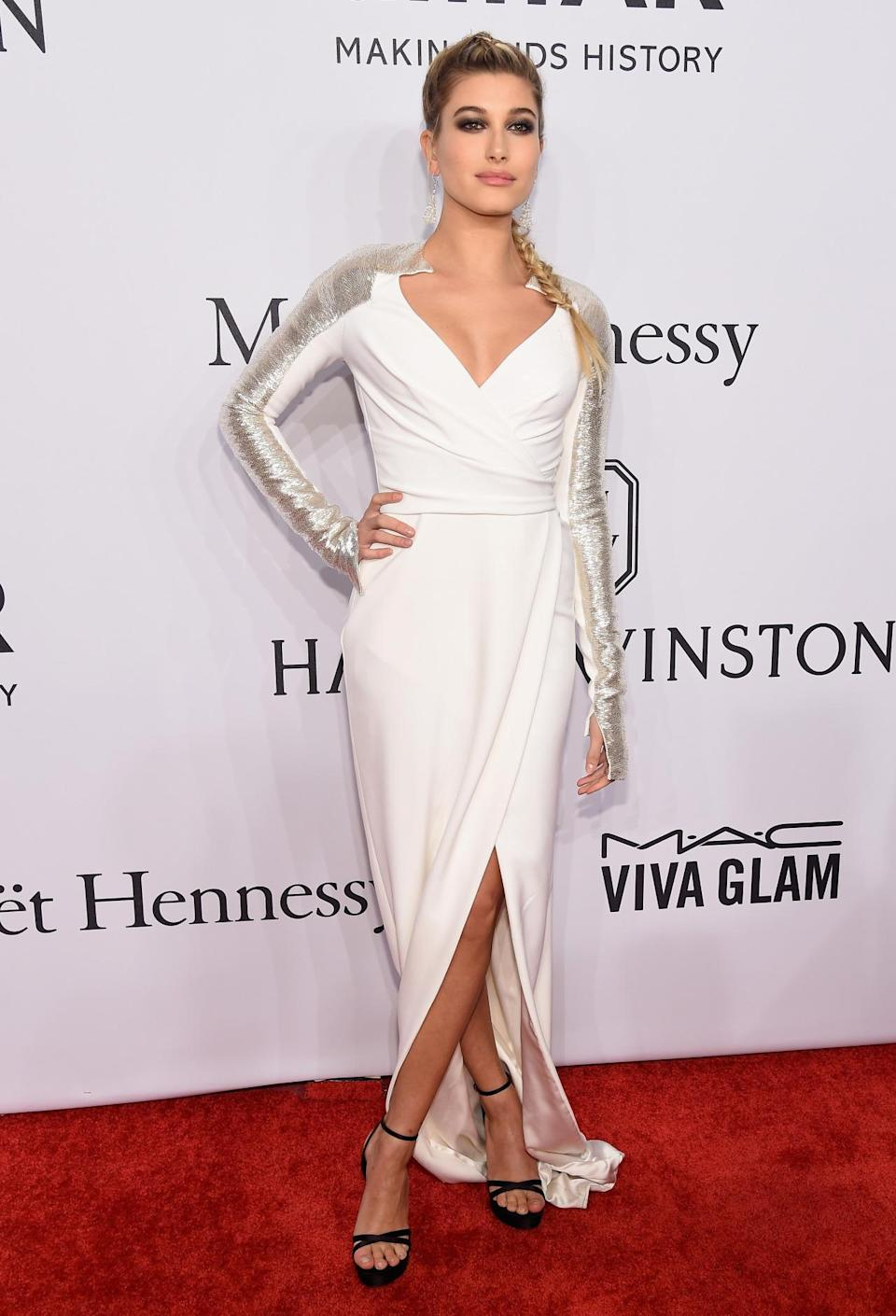 <p>Justin Bieber's rumoured girlfriend opted for a dramatic white and silver frock - and teamed it with an epic braid.<i> [Photo: Getty]</i><br></p>