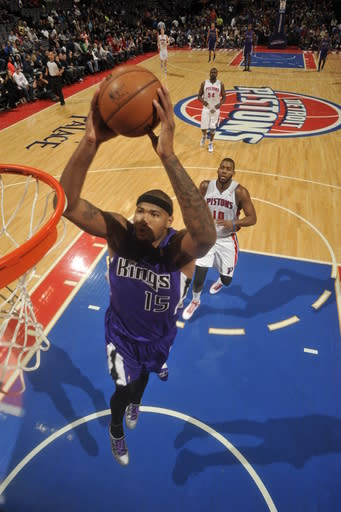 AUBURN HILLS, MI - JANUARY 1: DeMarcus Cousins #15 of the Sacramento Kings drives to the basket against the Detroit Pistons on January 1, 2013 at The Palace of Auburn Hills in Auburn Hills, Michigan. (Photo by J. Dennis/Einstein/NBAE via Getty Images)