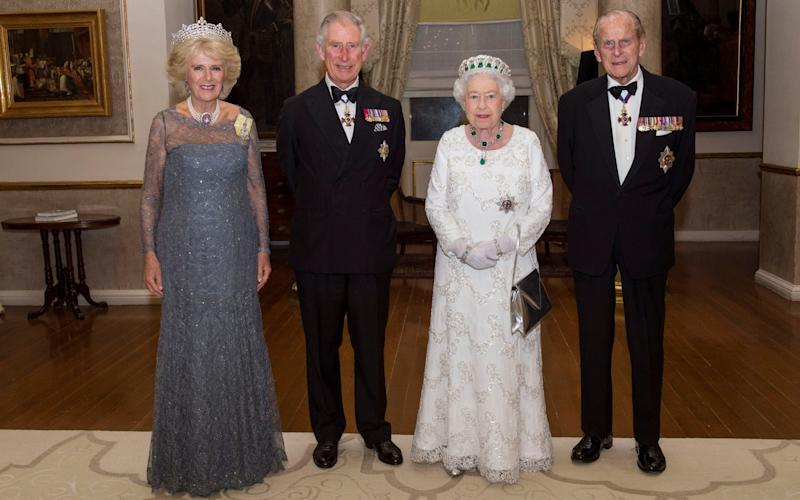 The Duchess of Cornwall, the Prince of Wales, Queen Elizabeth II and the Duke of Edinburgh pose for a photo before the traditional CHOGM dinner at the Corinthia Palace Hotel in Attard, Malta - Arthur Edwards/The Sun/PA