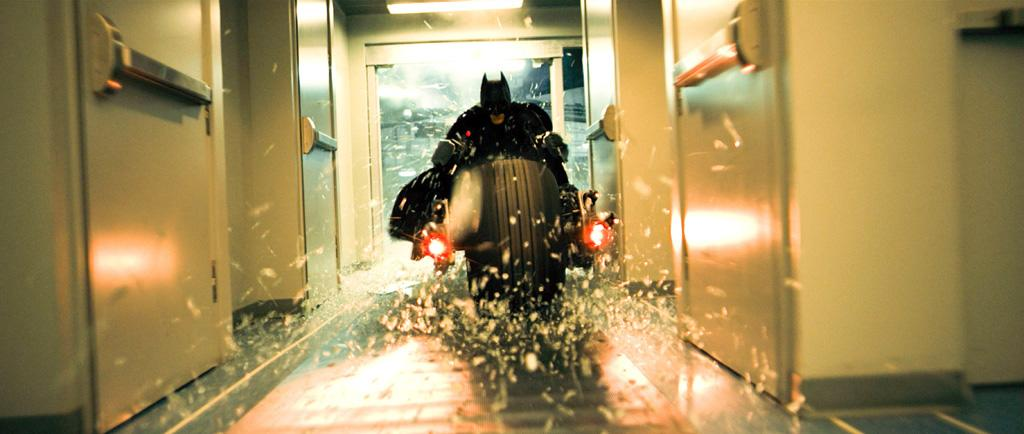"Batman in Warner Bros. Pictures' <a href=""http://movies.yahoo.com/movie/1809271891/info"">The Dark Knight</a> - 2008"
