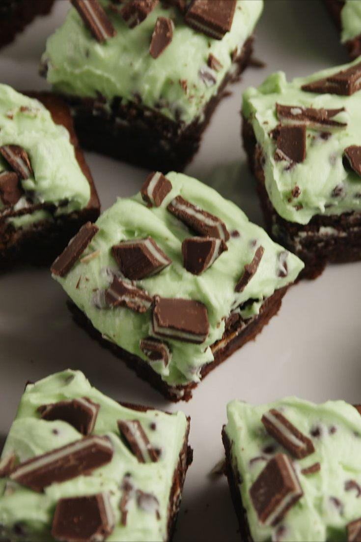 """<p>A brownie that looks and tastes like Andes Mints are a dream come true.</p><p>Get the recipe from <a href=""""https://www.delish.com/cooking/recipe-ideas/recipes/a57051/andes-brownies-recipe/"""" rel=""""nofollow noopener"""" target=""""_blank"""" data-ylk=""""slk:Delish"""" class=""""link rapid-noclick-resp"""">Delish</a>. </p>"""