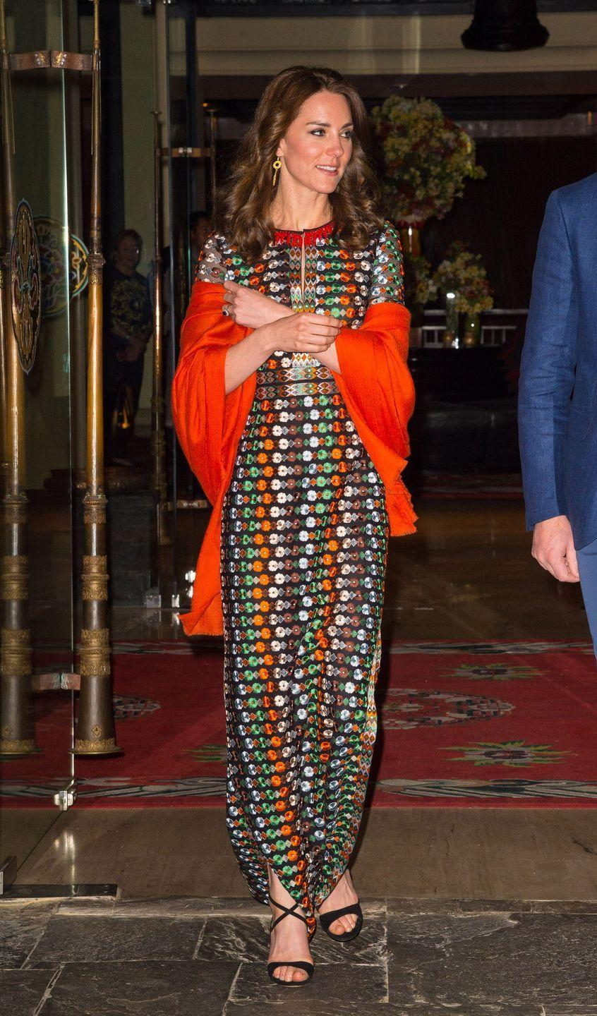 <p>There's a protocol that states royals can't remove their coat in public...yeah, eye-roll, we know. As a work-around, the ladies have discovered the shawl, which keeps them warm and complies with the palace's rules.</p>