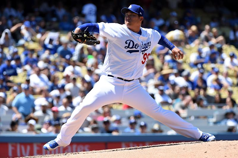 Dodgers place Hyun-Jin Ryu on DL with hip bruise