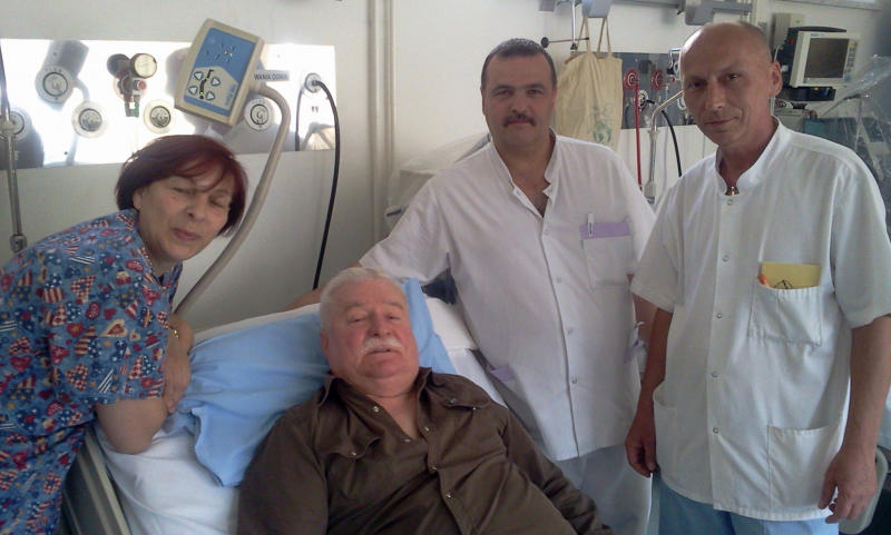 Photo provided by Lech Walesa's office on his internet blog shows the former Polish President as he is surrounded by nurses in a hospital in Gdansk Wednesday, June 8, 2011. Lech Walesa, the anti-communist dissident who founded Solidarity in Poland, has been hospitalized in his hometown of Gdansk on Wednesday, officials said Thursday, June 9, 2011.   (AP Photo/lechwalesa.blip.pl)