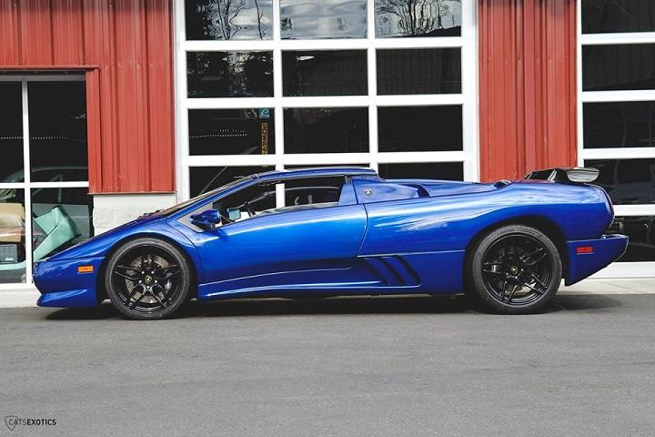 Own A Gorgeous Blue 99 Lamborghini Diablo With Only 15k Miles