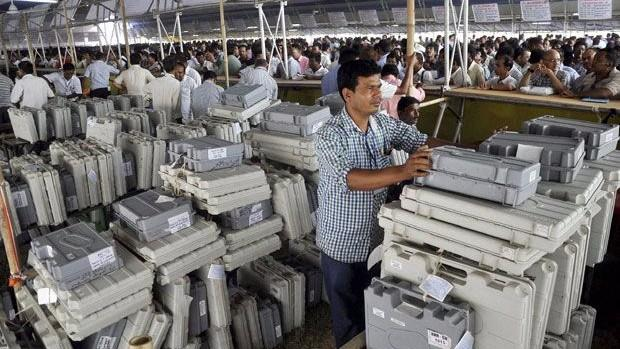 Give New EVMs or Allow Ballot Paper for Civic Polls: UP State EC