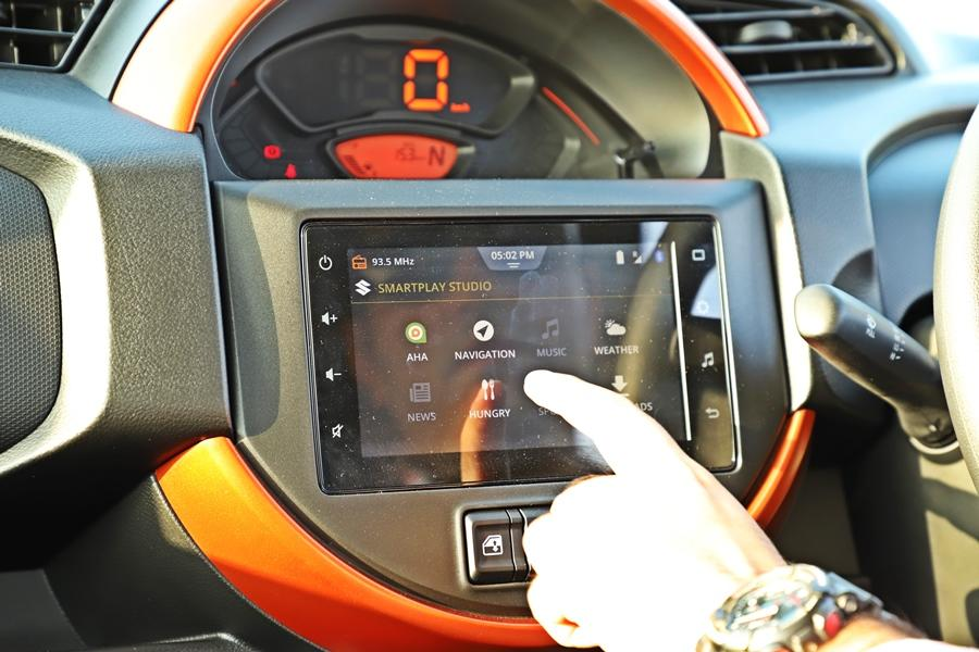 The S-Presso is the more modern car with the better quality cabin while the WagonR has extra features like climate control. Both offer the touchscreen but the steering controls/fit and finish feels better on the S-Presso.
