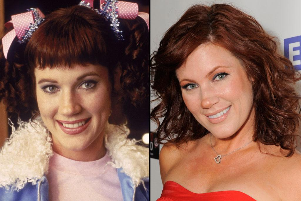 "<a href=""http://movies.yahoo.com/movie/contributor/1800019931"">Elisa Donovan</a>   Character: Amber   Elisa Donovan reprised her role as Cher's archnemesis in the TV series. When that show folded in 1999, Donovan starred in ""Sabrina, the Teenaged Witch"" and then later had a reoccurring role in the series ""The Lake."""
