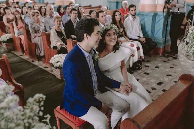 Rebeca and Renato during the ceremony.
