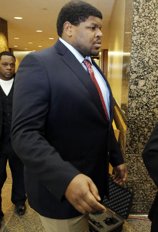 Former Dallas Cowboys NFL football player Josh Brent arrives at court for closing arguments in his intoxication manslaughter trial Tuesday, Jan. 21, 2014, in Dallas. Lawyers wrapped up their closing arguments Tuesday morning before the case went to the jury for deliberations. Prosecutors accuse the former defensive tackle of drunkenly crashing his Mercedes near Dallas during a night out in December 2012, killing his good friend and teammate, Jerry Brown. (AP Photo/LM Otero)