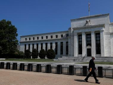 Fed policymakers say US rate hikes can wait for now; want greater clarity on state of economy