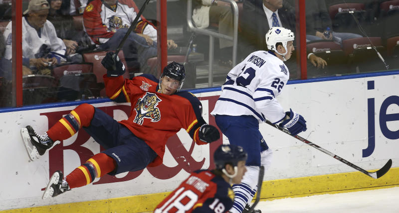 Thomas leads Panthers past Maple Leafs 4-1