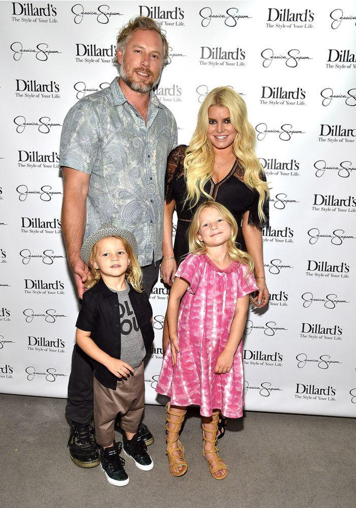 Eric Johnson, Jessica Simpson, and children Maxi Drew and Ace Knute | Kevin Mazur/Getty Images