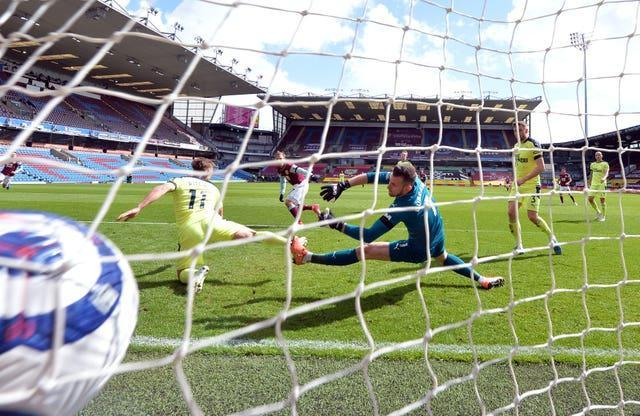Matej Vydra gives Burnley the upper hand