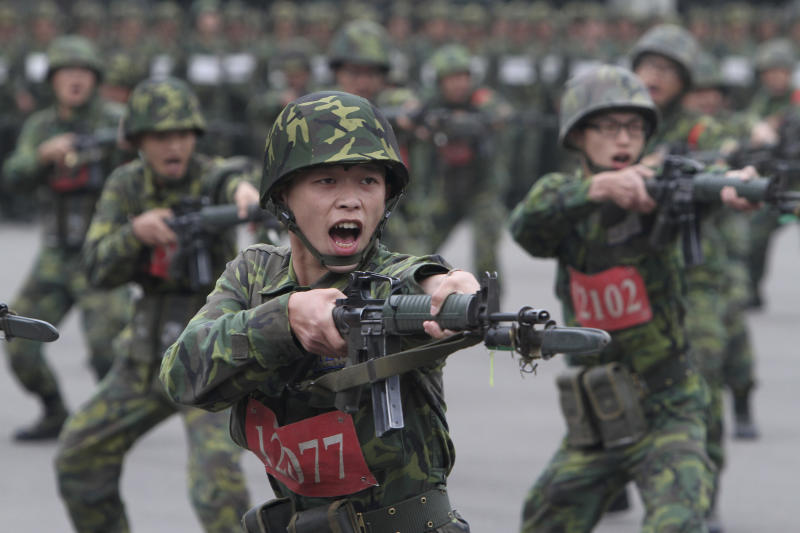 Taiwan short of volunteers for the military